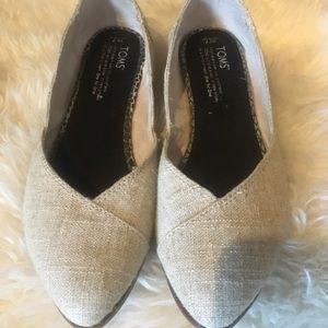 TOMS women's Size 7 Ballet Flats